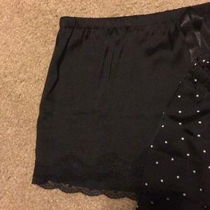 12ebcc0e46 H M Intimates   Sleepwear - Set of 2 silk shorts!
